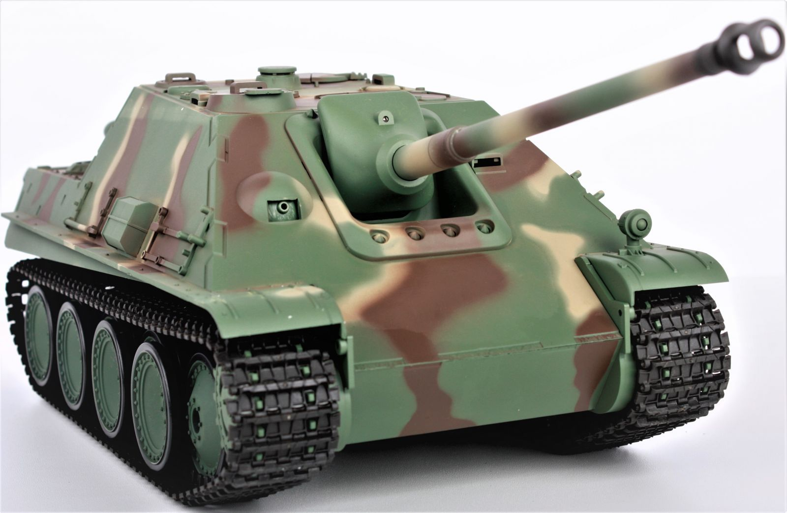 Tank JAGDPANTHER BB 1:16, 2.4 GHz, zvuk, kouř, RTR