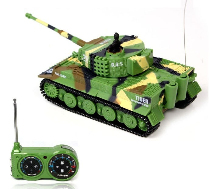 Mini GERMAN TIGER 1:72 zelený