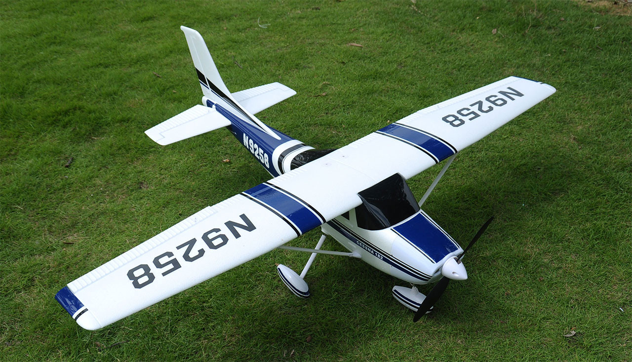 CESSNA Air Trainer 1410, 1410 mm PNP brushless MODRÁ