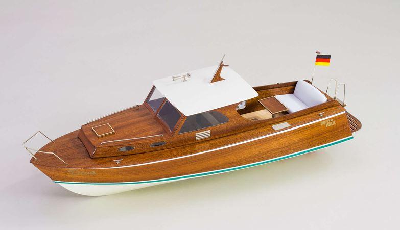 Diva - kvalitní stavebnice lodi s kajutou od Aero-Naut